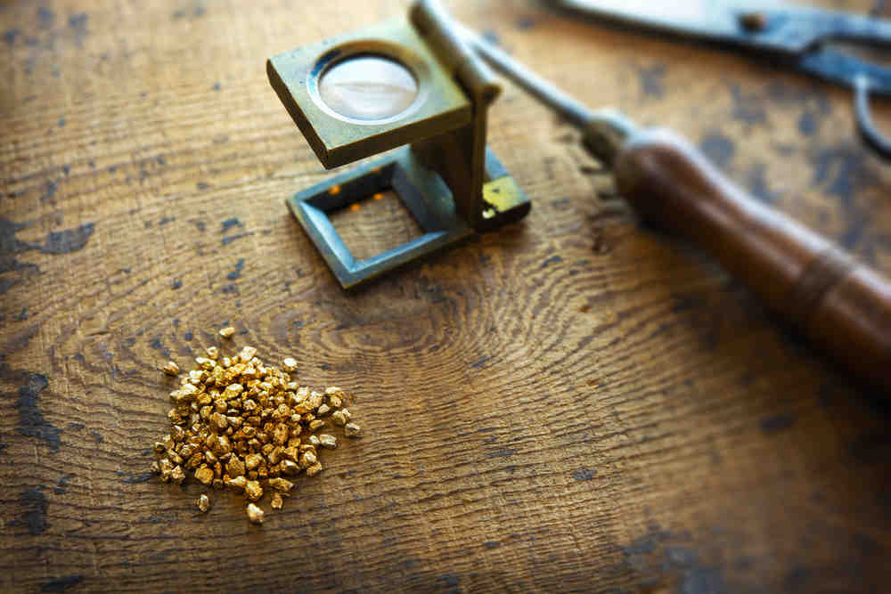 Selling jewellery for cash: How to check if your gold is real